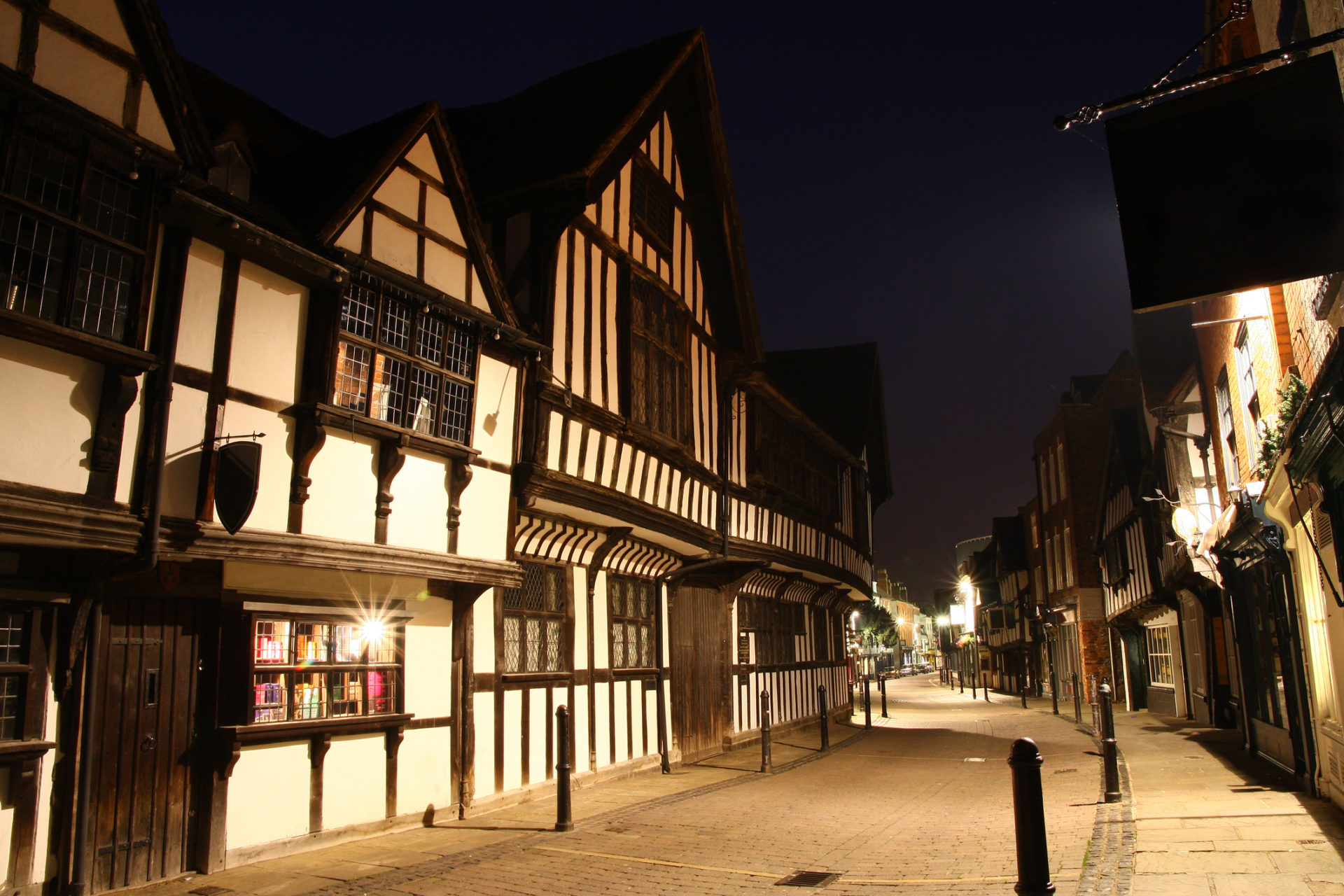 Insuring a listed building: what you need to know ...